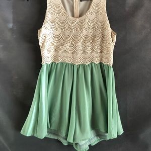 Dresses & Skirts - Cute romper dress